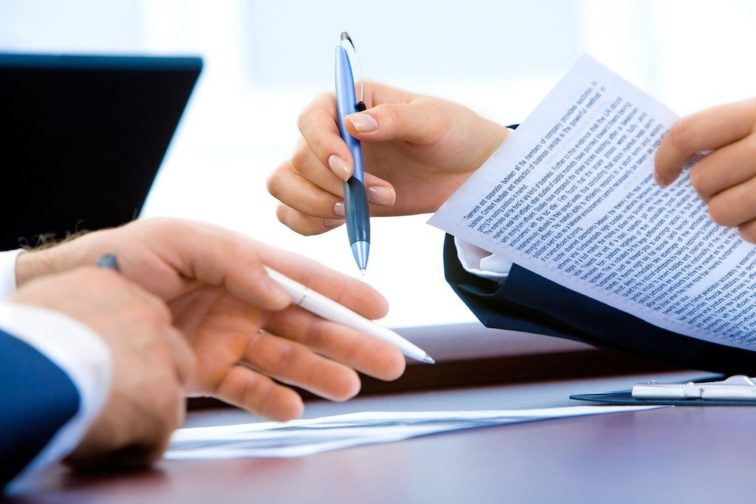 Déséquilibre significatif en franchise et contrat de franchise