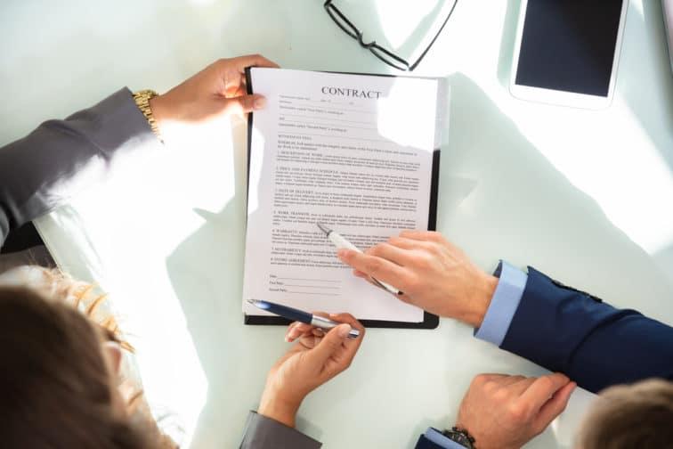 Le contrat de franchise un des piliers du metier de franchiseur